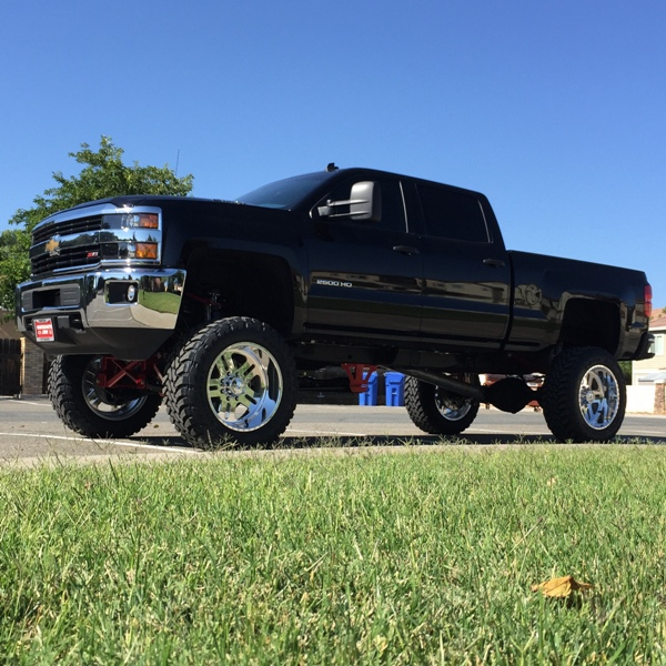 2015 chevy silverado 2500hd duramax 12 lift 37 s 22 s extreme motorsports. Black Bedroom Furniture Sets. Home Design Ideas